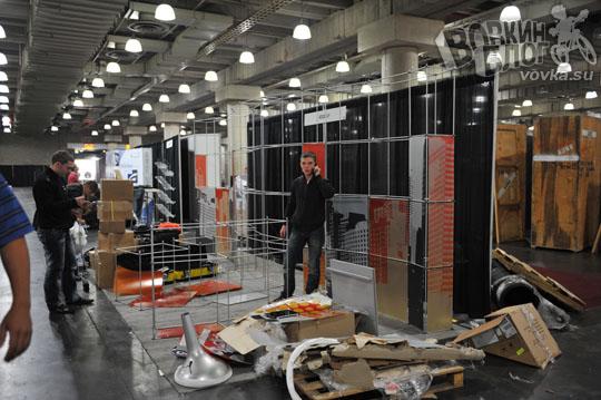BizzClick собирают стенд в Ad Tech New York