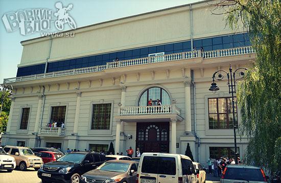 Банкетный дом Ренессанс и конференция 8p
